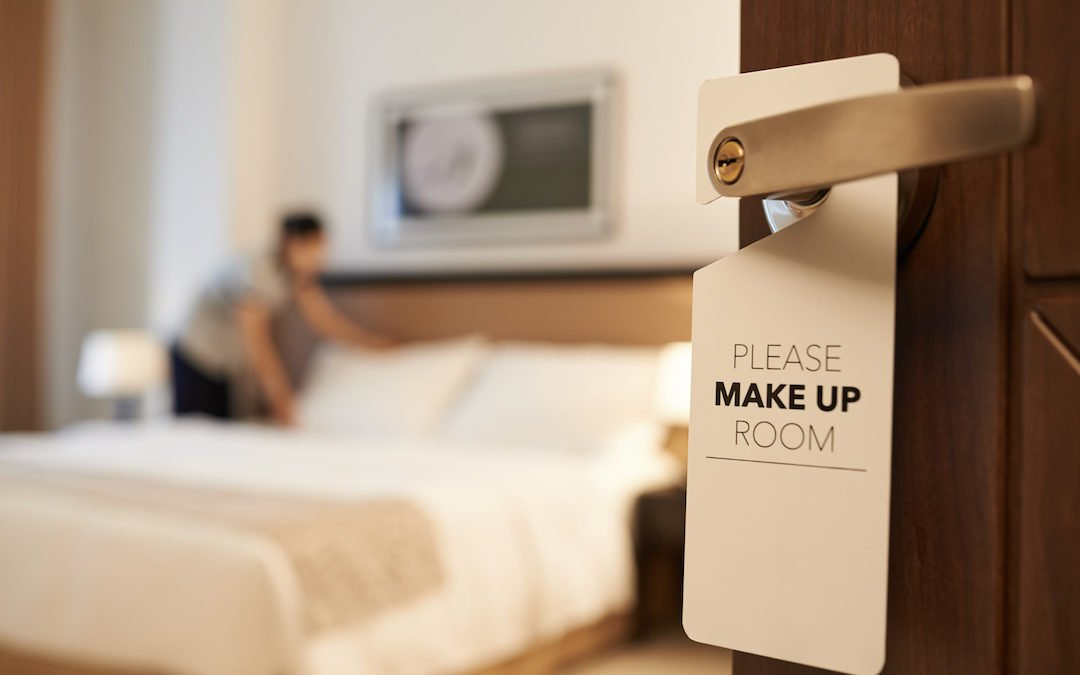 How can I avoid picking up bedbugs when I travel?